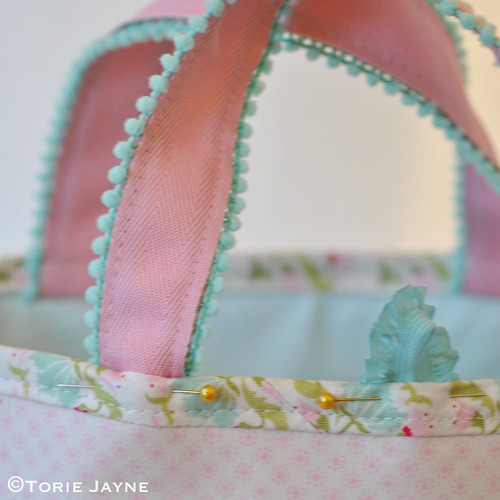 Pretty tote sewing tutorial 25