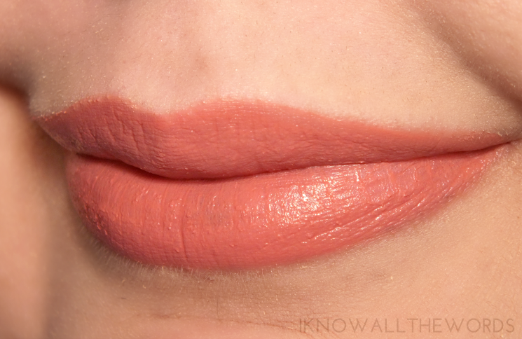 maybelline vivid matte liquid lipstick 10 nude flush