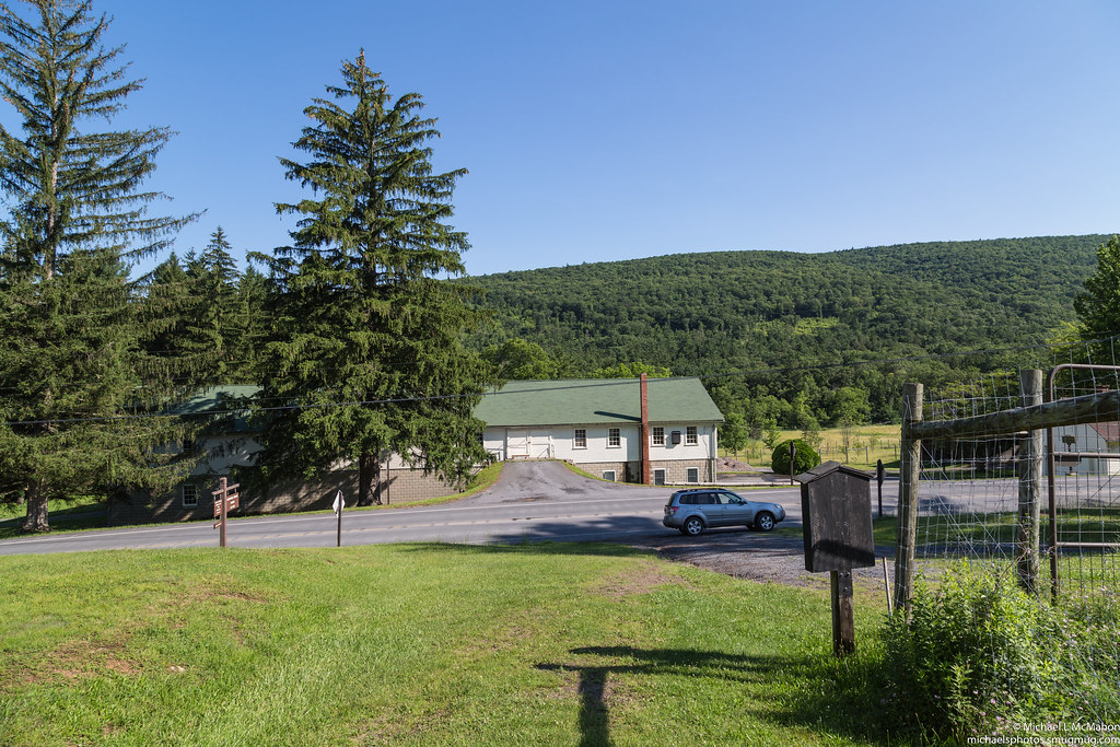 Blue lick hollow pennsylvania tripcarta for Stillhouse hollow lake cabins