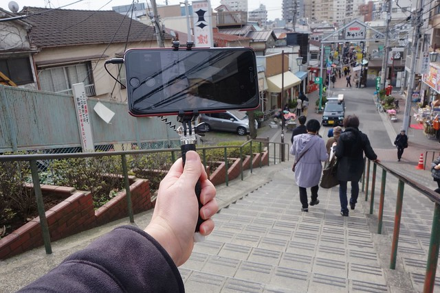 Seneo 自撮り棒 伸縮自在 セルフィースティック 3.5ミリのワイヤ接続 iPhone Android 用 (黒)