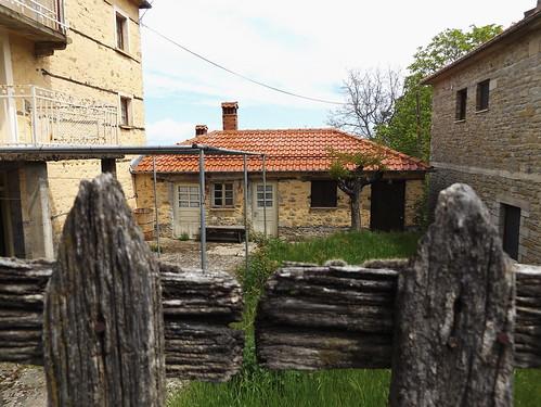 αρχιτεκτονική παλιόσπίτι πέτρινο πόρτεσ αυγερινόσ βόιοκοζάνησ