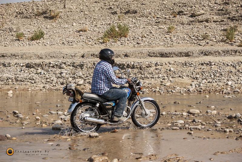 Trip to Cave City (Gondhrani) & Shirin Farhad Shrine (Awaran Road) on Bikes - 24086406771 e283996f69 c