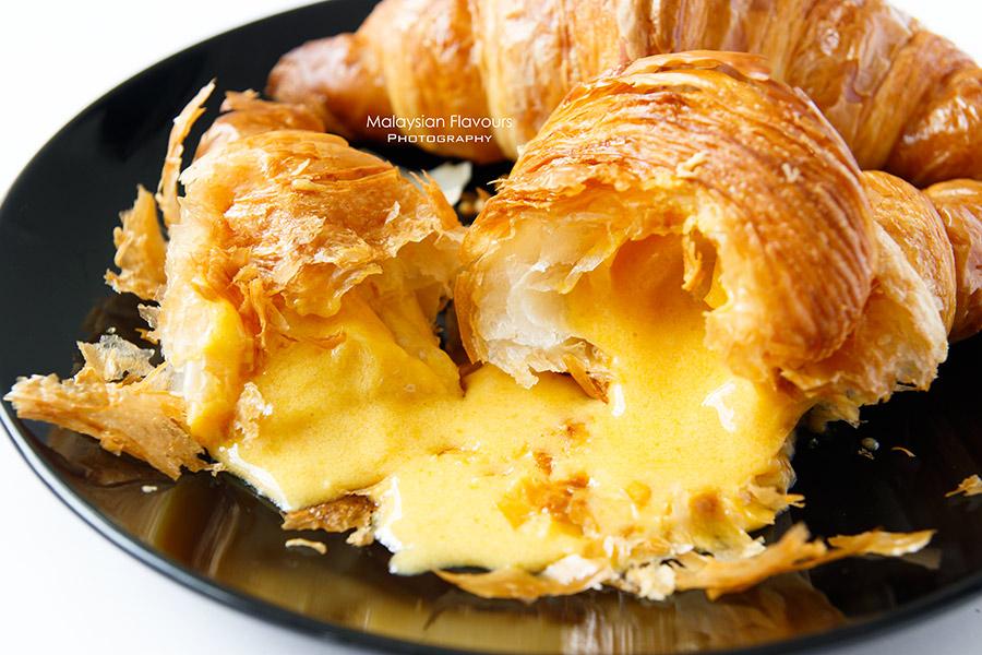 bake plan bakery shop ss2 pj salted egg yolk croissant