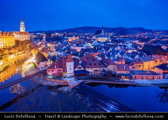 Czech Republic - Český Krumlov - Historical town on banks of river bend of Vltava river at Dusk - Twilight - Blue Hour - Night