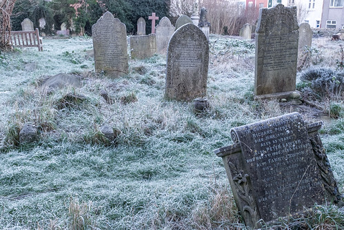 Hebron Road burial ground, frosty morning