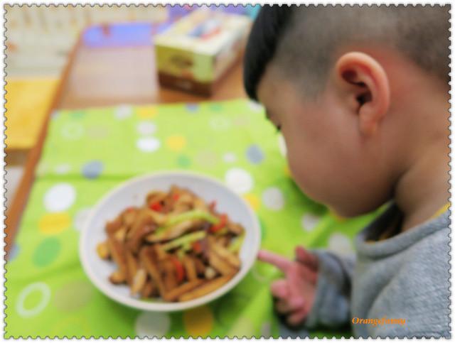 160208 芹菜肉絲豆乾-05