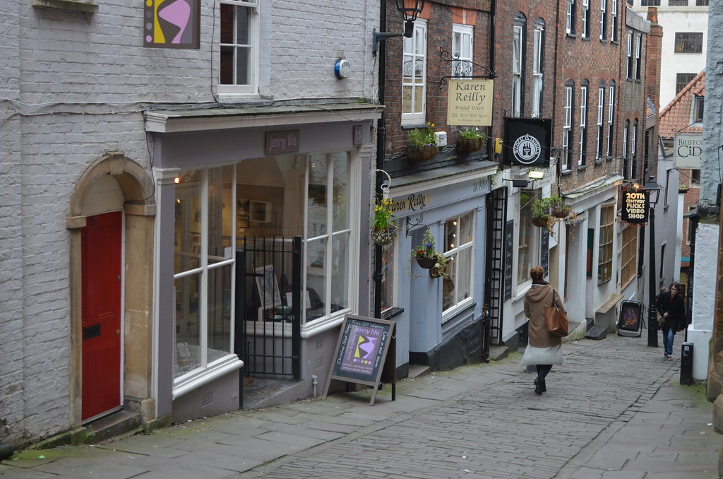 > Christmas steps à Bristol : Antiquaires et magasins indépendants.