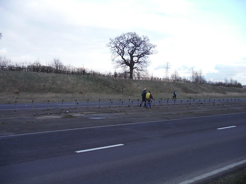 Staggered crossing of Leighton Buzzard bypass