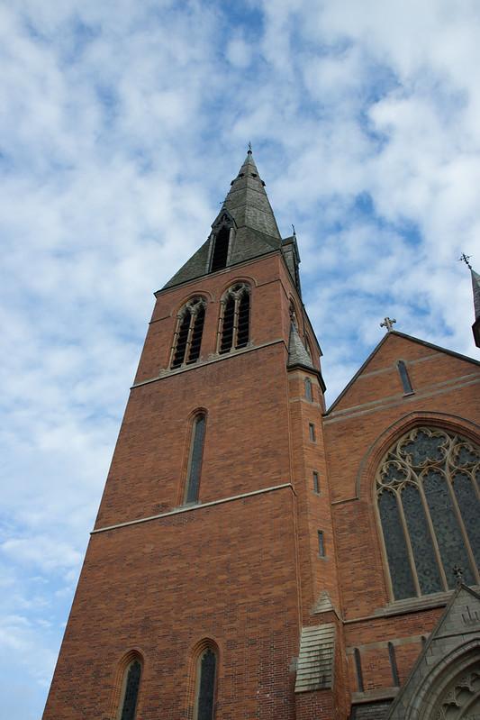 Floda kyrka