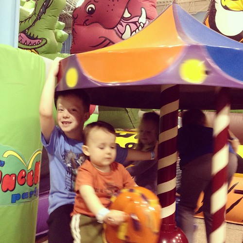 Cousin carousel: Sam & Ev.