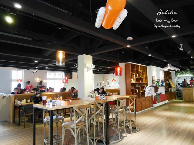 陽明山美式餐廳1942餓棧廚房
