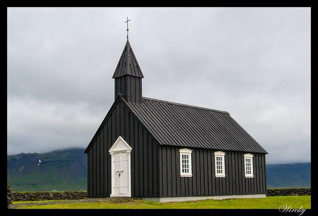 Iglesia negra Búdakirkja