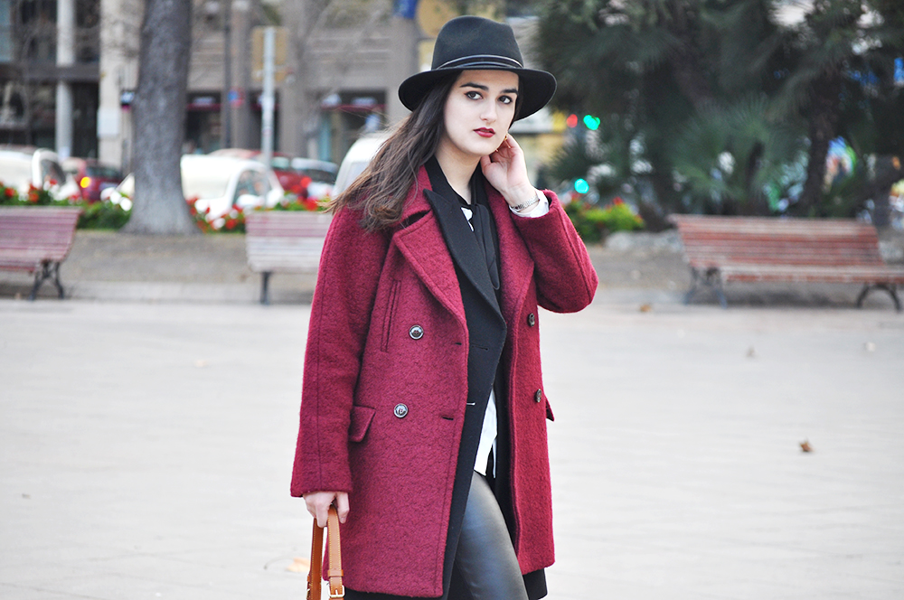 valencia fashion blogger spain somethingfashion fedora hat streetstyle winter boots LV bucket bag coat_0085 copia