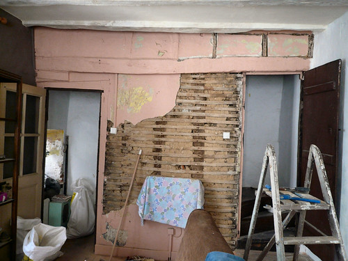 Exposed lathe and plaster 1