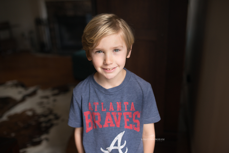 boy in atlanta braves shirt 01-750