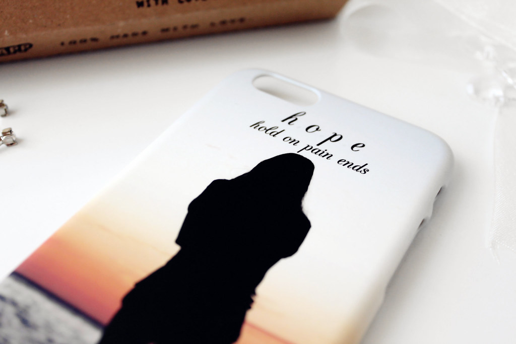 1743-custom-iphone-case