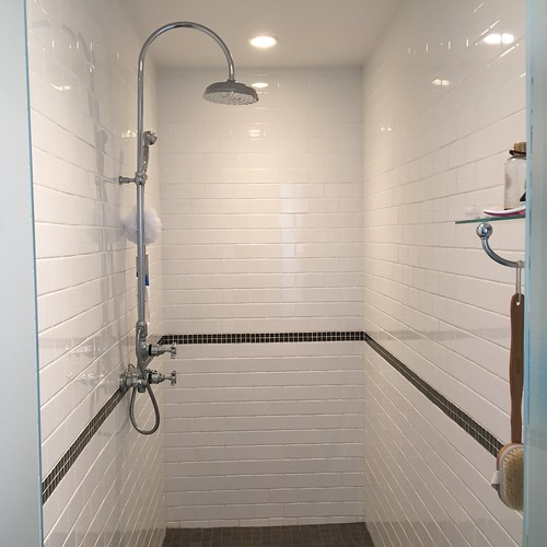 Sparkling shower! Mopify Ottawa cleaning and promo