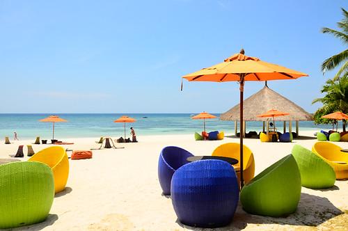 umbrellas-in-South-palms-bohol