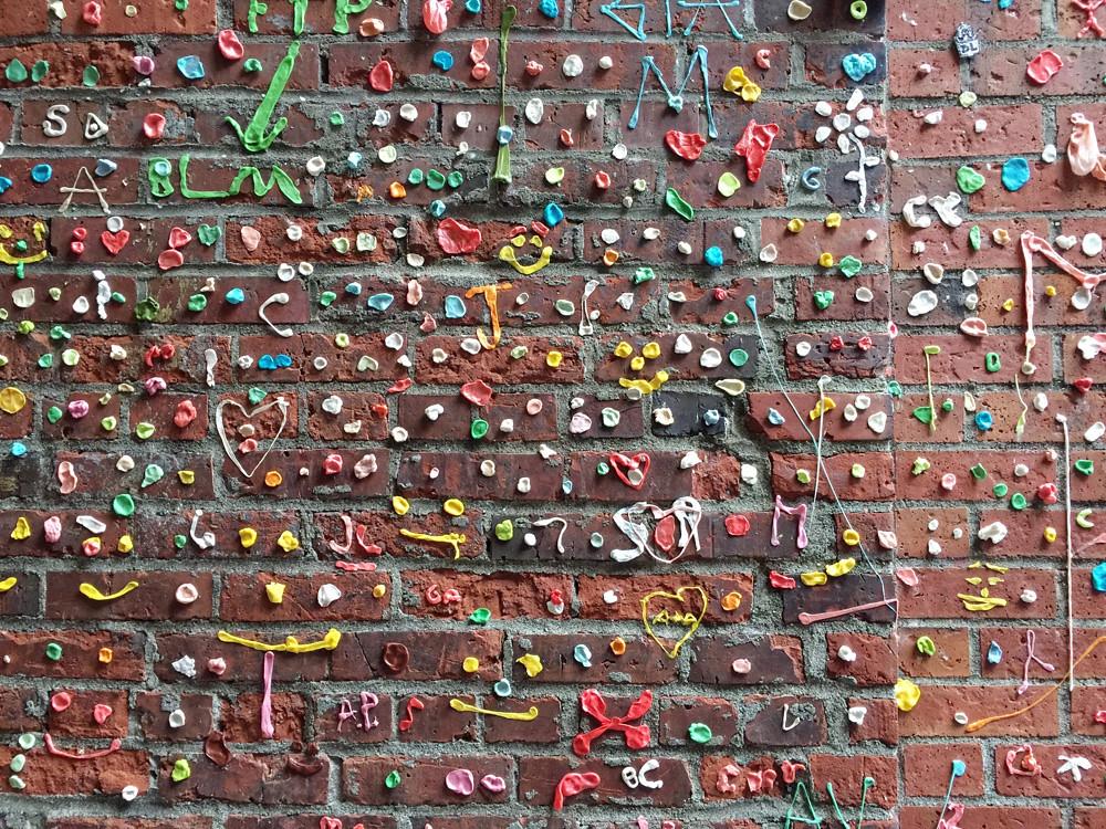 gum wall 1