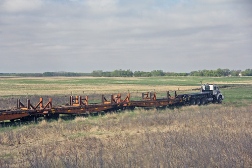 canada mow trucks saskatchewan canadiannational worktrain travelbytrain flatcars acrosscanadabyrail