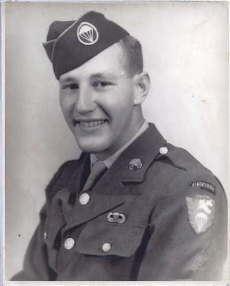 Sargento Earl Hale