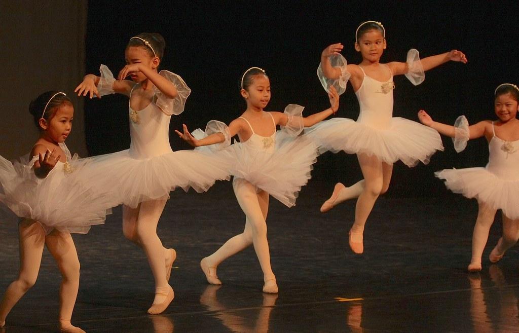 Balet_GKJ_jaws_02