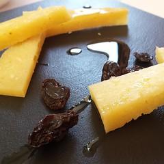 queso #curado #artesano con #aceitedeolivavirgenex…
