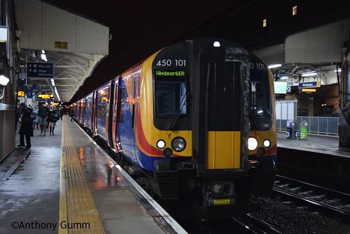 South West Trains 450101 + 450004, Wimbledon