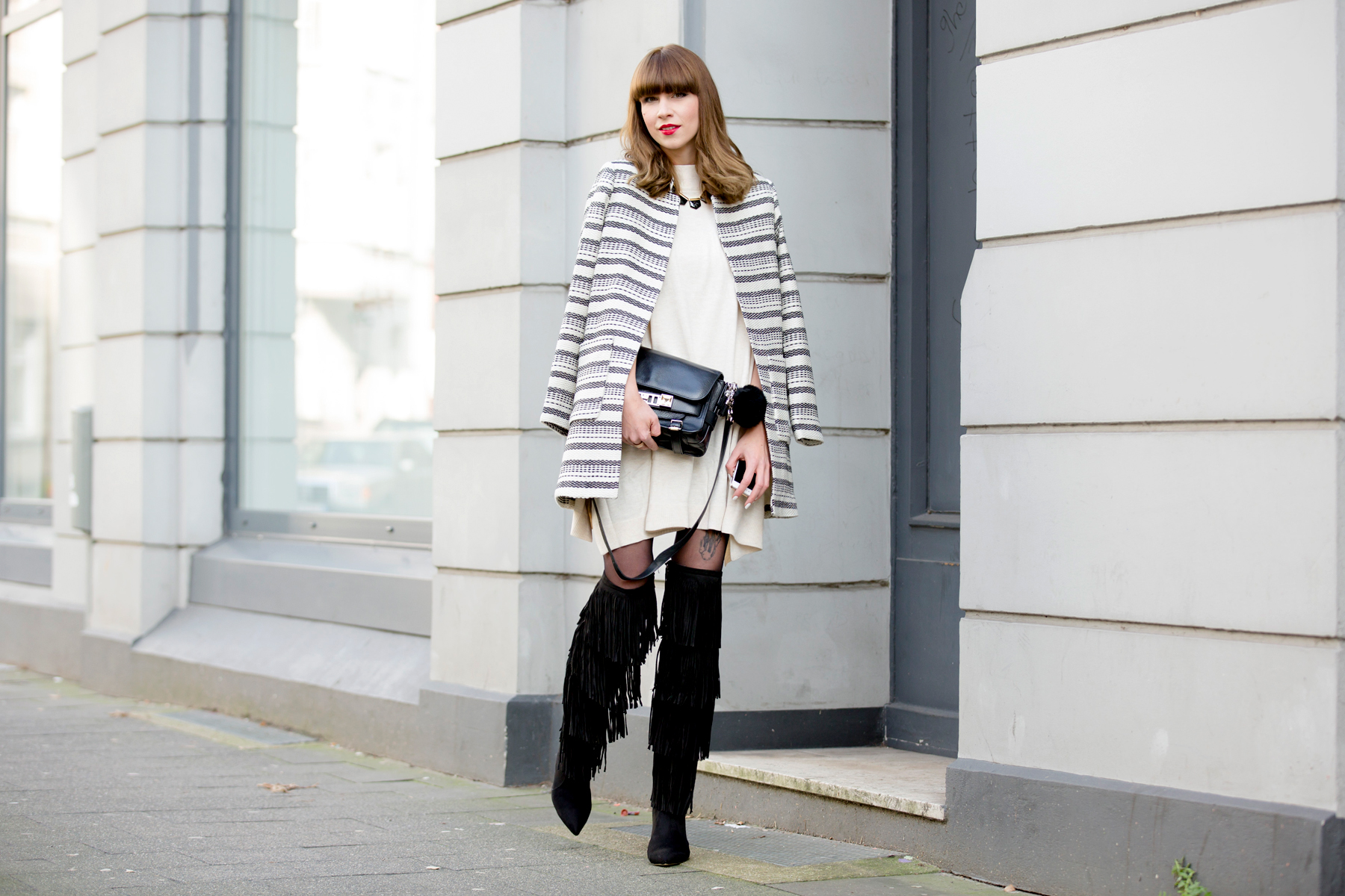 fringed overknee boots sacha lampshading stripes francaise cute parisienne red lips ysl proenza schouler luxury fashion blogger dusseldorf berlin germany 4