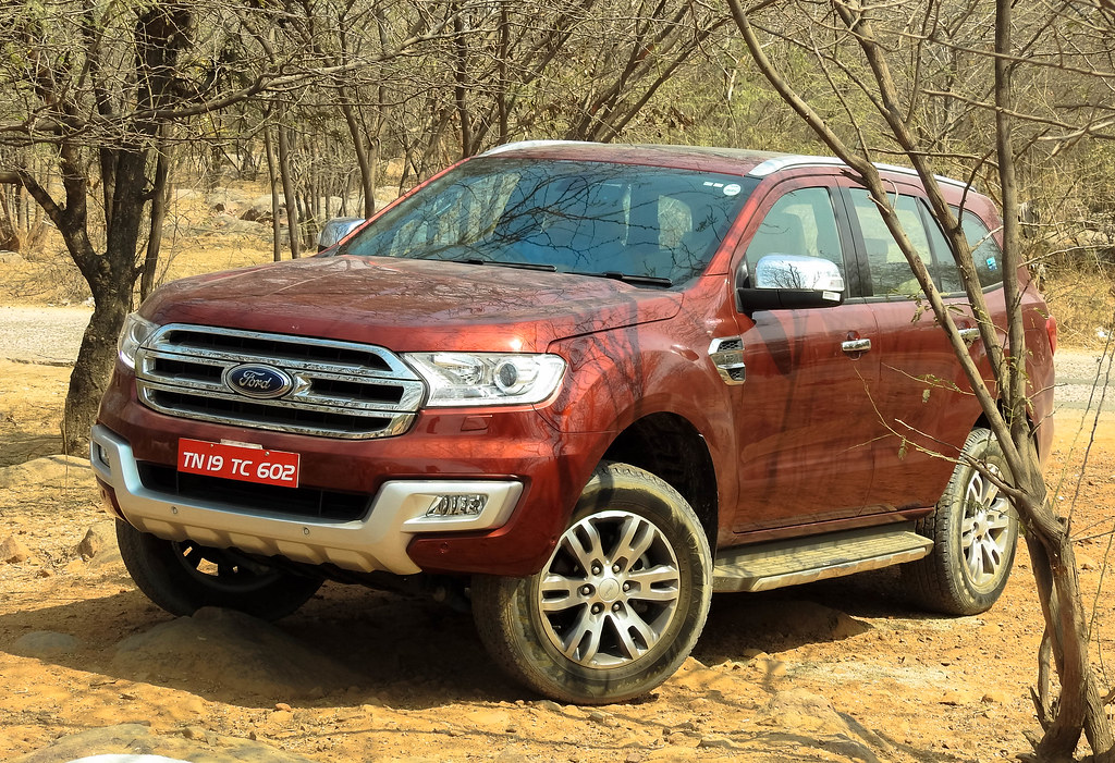 2016 Ford Endeavour_-75