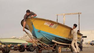 Boat Ramp • Fishermen Launching Freestyle • Bandar Abbas • IRAN-18