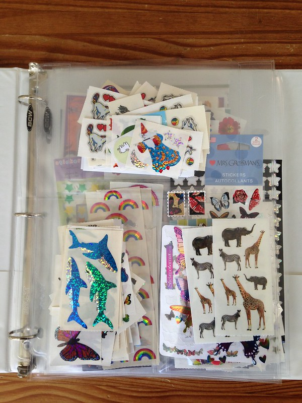 Sticker binder: fauna and mythical creatures