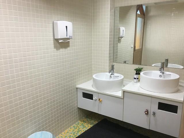 親子廁所@Young Lion 親子餐廳,高雄三民區