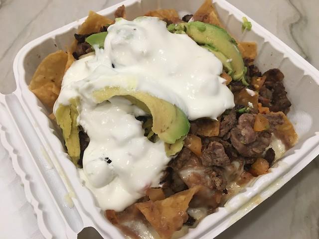 Carne asada super nachos - Taqueria Vallarta