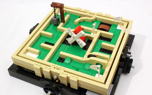 Motorized Mini Golf Maze