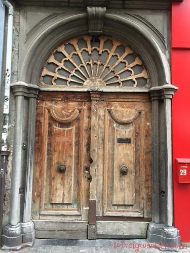 Door in Antwerp