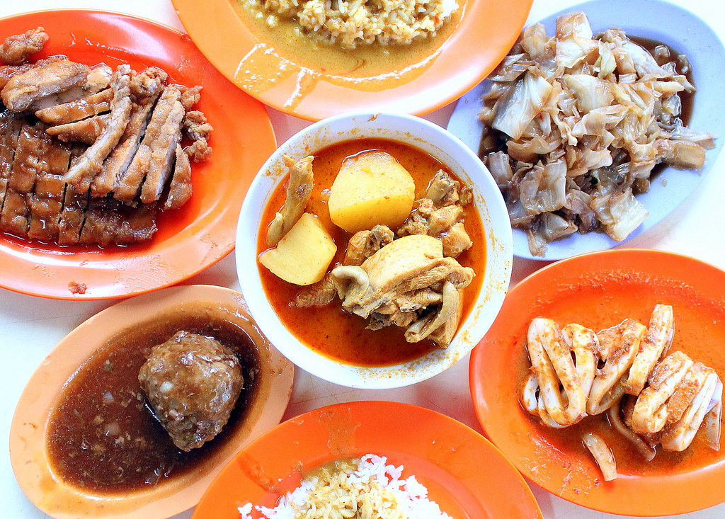 Nostalgic Places to Eat in Singapore: Loo's Hainanese Curry Rice