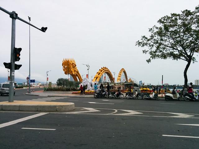Dragon Bridge in De Nang