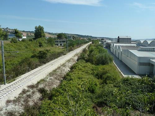 Teramo -  ferrovia verso l'Adriatico