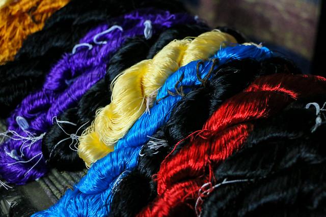 Silk threads for hand weaving, Luang Prabang, laos ルアンパバーン、手織り布に使うシルク糸