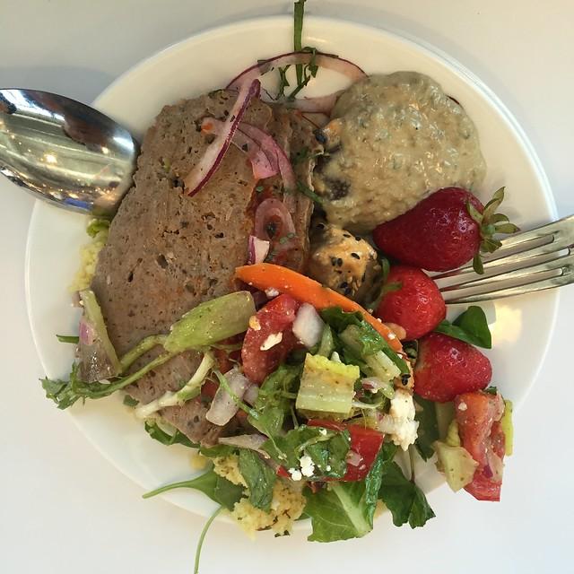 airbnb에서 먹은 점심
