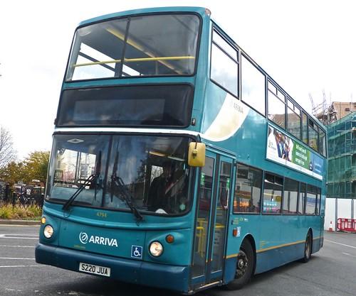 S220 JUA Arriva Midlands DAF DB250/Alexander ALX400.