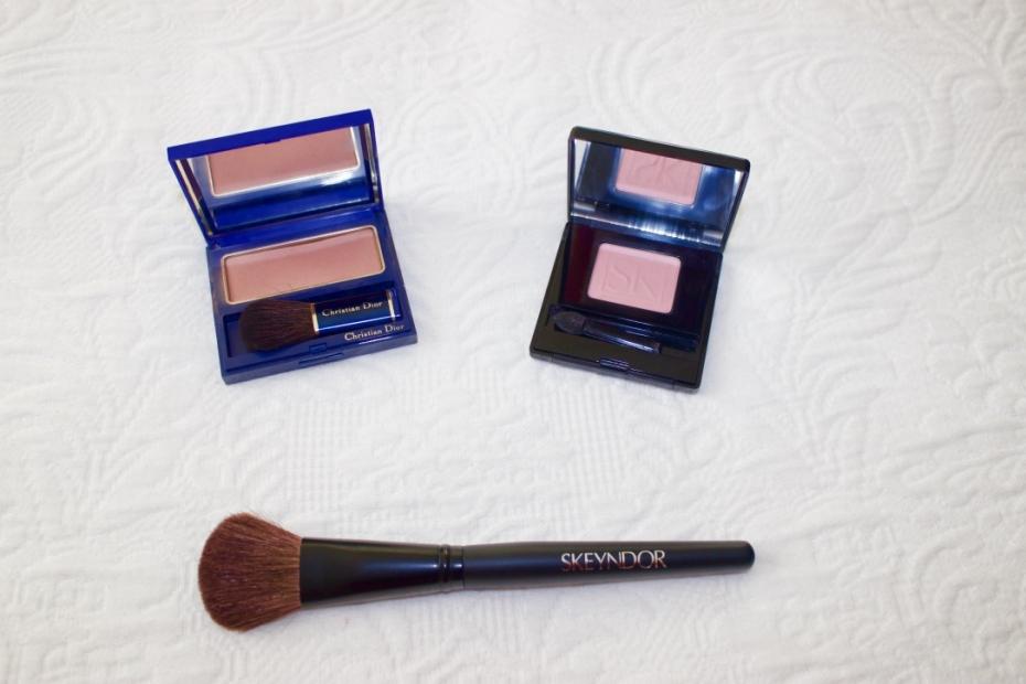 lara-vazquez-madlula-fashionblog-daily-makeup-secrets-blush