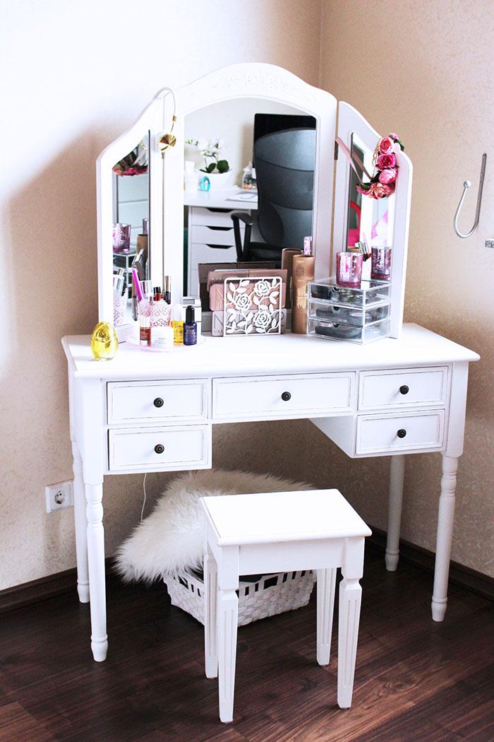make up aufbewahrung priscillaa com priscilla a. Black Bedroom Furniture Sets. Home Design Ideas