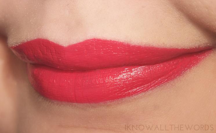 Lise Watier Basier Satin Liquid Lipstick Bombshell Kiss