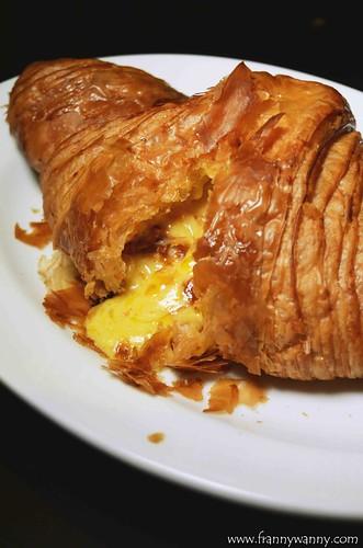 kokomama salted egg croissant