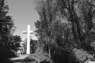 Mt. Davidson - Cross bw