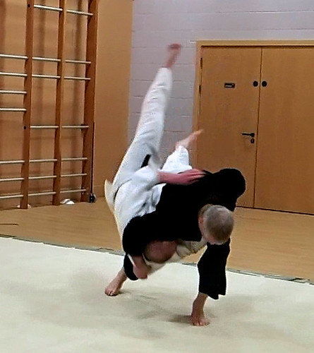 Fri, 2013-11-15 20:27 - In a free-attack session during Adam's black-belt grading on 2013-11-15.