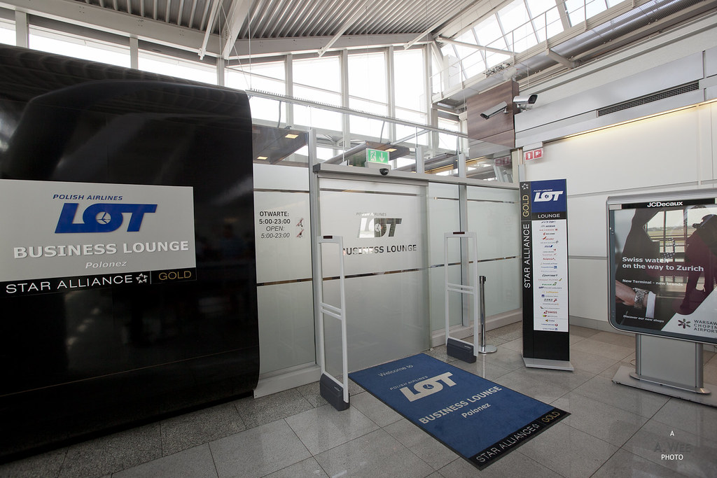 Entrance to LOT Polish Airlines Lounge
