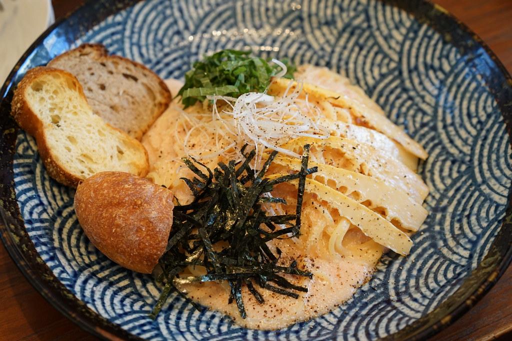トロ コーヒー&ベーカリータケノコのバターソテーたらこスパゲッティ